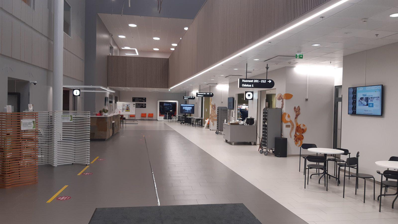Kainuun soten uuden sairaalan pääsisäänkäynti