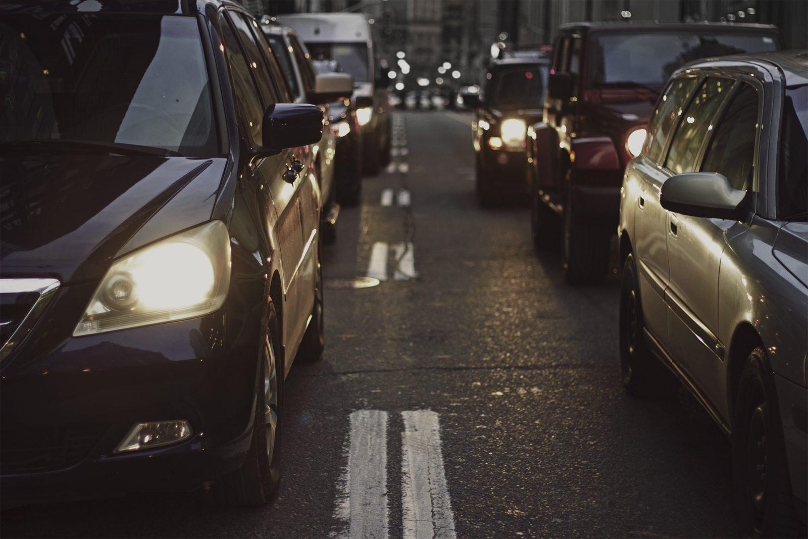 Autoja liikenteessä