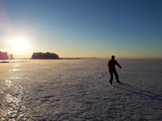 Hiihdä Oulujärven lentokeleillä
