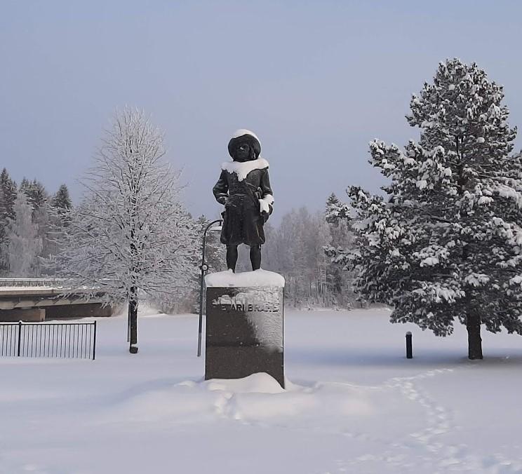 Kreivi Pietari Brahen muistomerkki