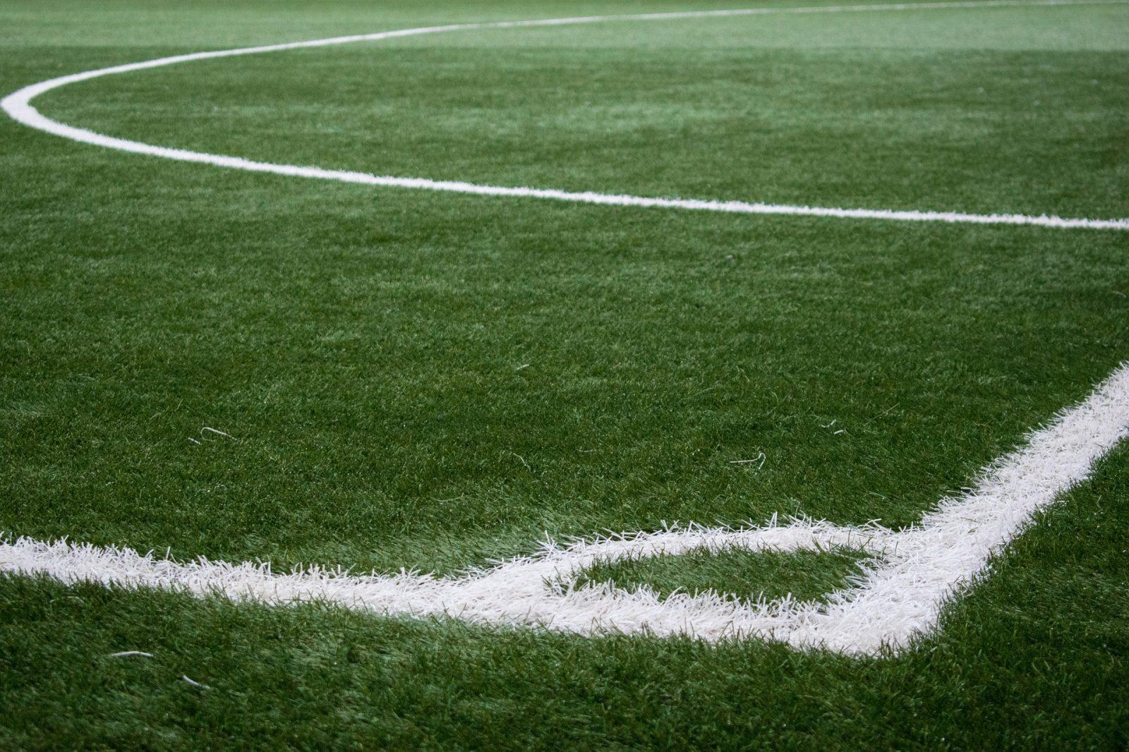 Jalkapallokentät reunaviivat