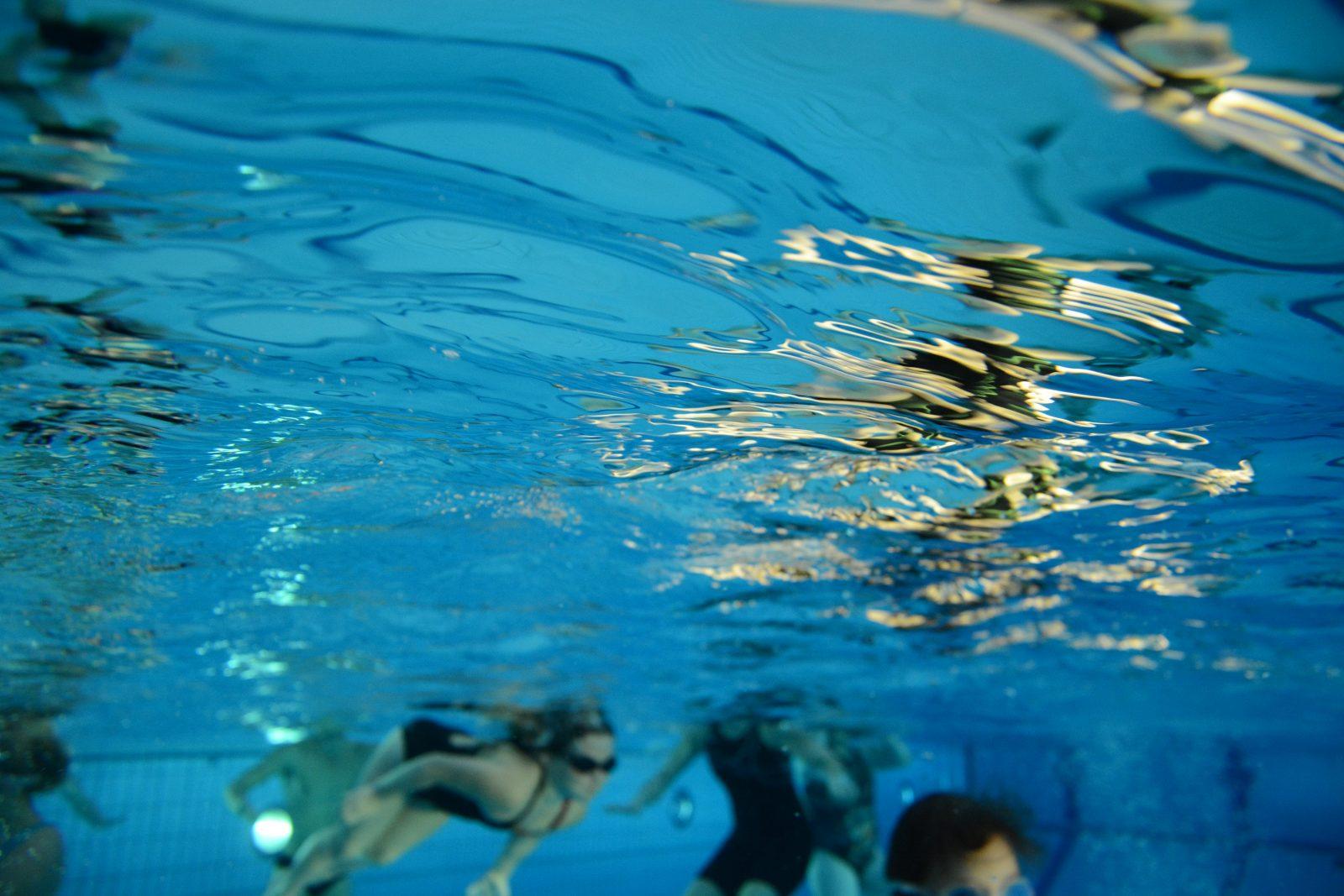 Vedenalainen kuva Kaukaveden uimareista